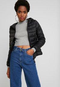Vero Moda - SHORT HOODY - Winter jacket - black - 0