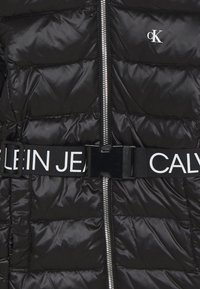 Calvin Klein Jeans - ESSENTIAL LONG - Down coat - black - 2