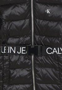 Calvin Klein Jeans - ESSENTIAL LONG - Piumino - black - 2