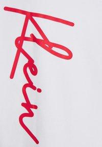Calvin Klein - SUMMER SCRIPT LOGO HOODIE - Felpa - white - 2