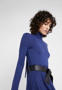MAX&Co. - DRENARE - Sukienka dzianinowa - blue - 4