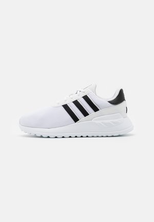 LA TRAINER LITE UNISEX - Sneakersy niskie - footwear white/core black