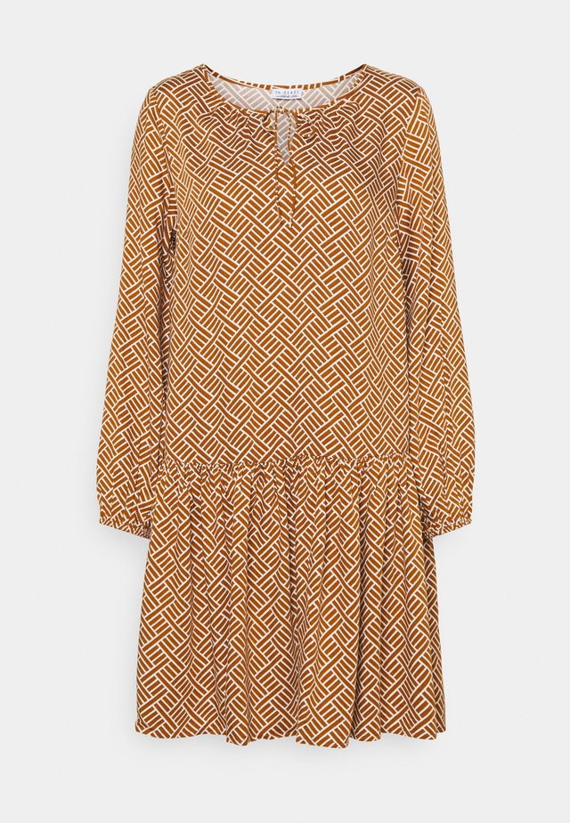 PRINTED DRESS - Sukienka letnia - chai