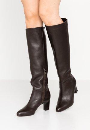 MELI - Boots - nuba mellow