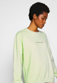 Missguided - WASHED - Sweatshirt - lime - 3