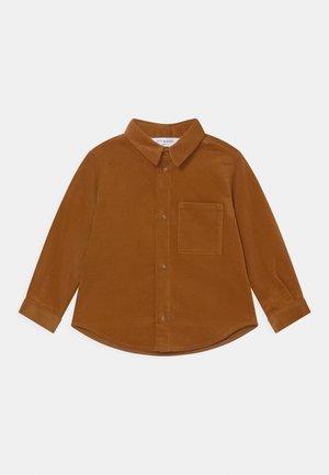 BLAKE UNISEX - Shirt - nutmeg brown