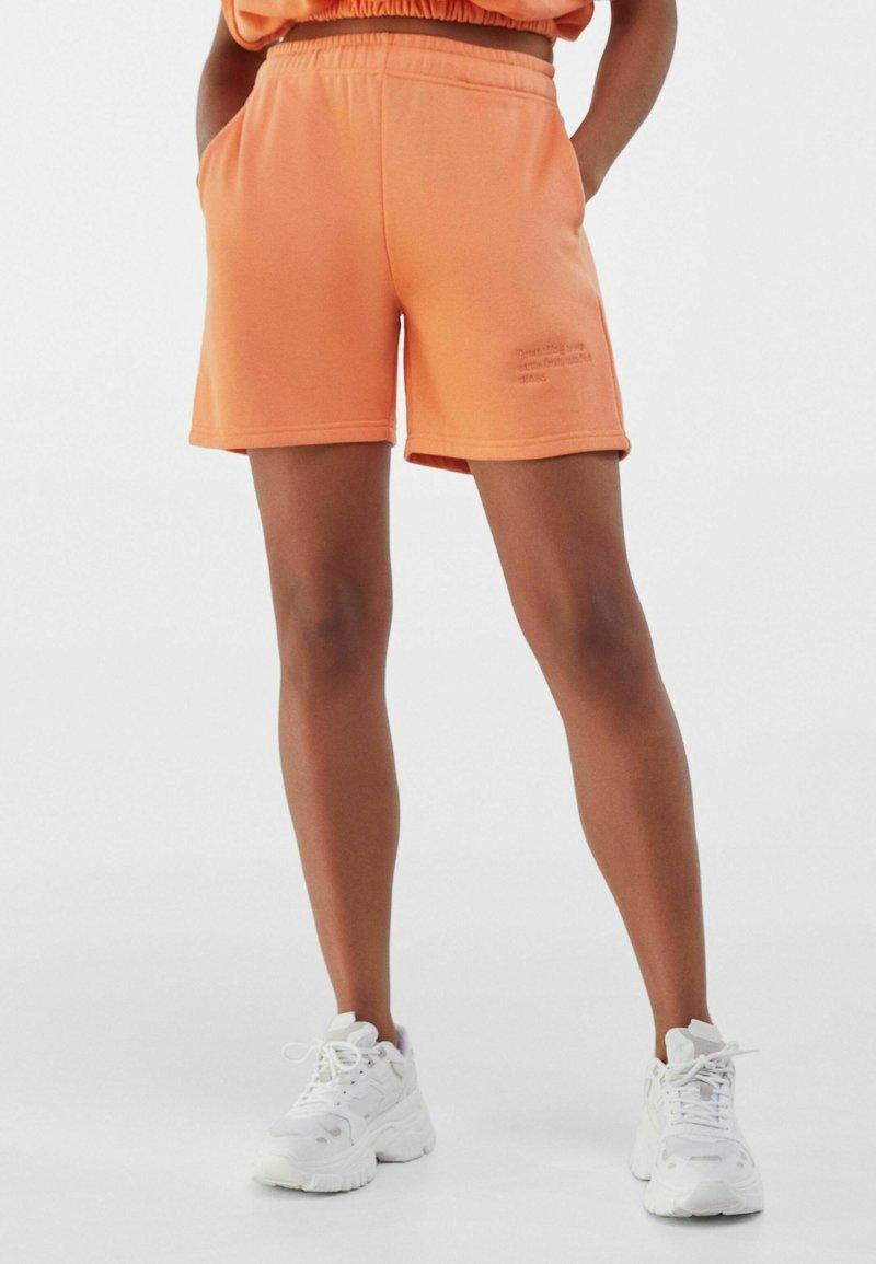 Bershka - Shorts - orange