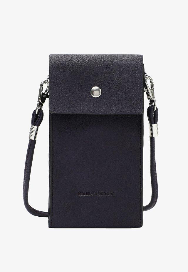 EMMA - Phone case - purple