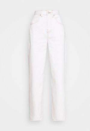 MODERN BOYFRIEND JEAN - Bukse - milk white