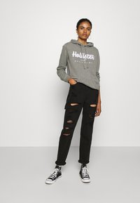 Hollister Co. - Bluza z kapturem - grey - 1