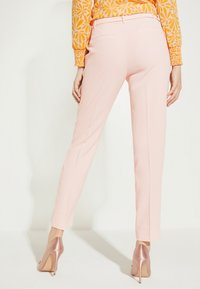 comma - Trousers - powder rose - 2