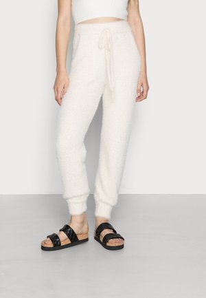 HAIRY PANT - Trousers - off white