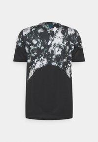Under Armour - RUSH 2.0 PRINT - Print T-shirt - black - 1