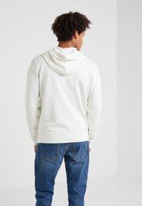 Outerknown - SUR ZIP HOODIE - Zip-up hoodie - salt - 2