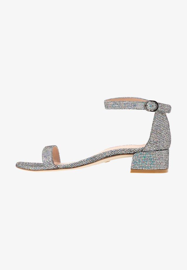 NUDISTJUNE - Sandals - aurora