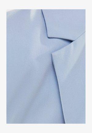 MIT KNÖPFEN  - Halflange jas - light blue