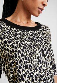 Barbara Lebek - Shift dress - black - 5