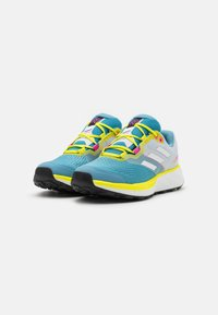 adidas Performance - TERREX TWO FLOW - Stabile løpesko - hazy blue/crystal white/acid yellow - 1