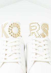 MICHAEL Michael Kors - MINDY LACE UP - Trainers - optic white/platinum gold - 7