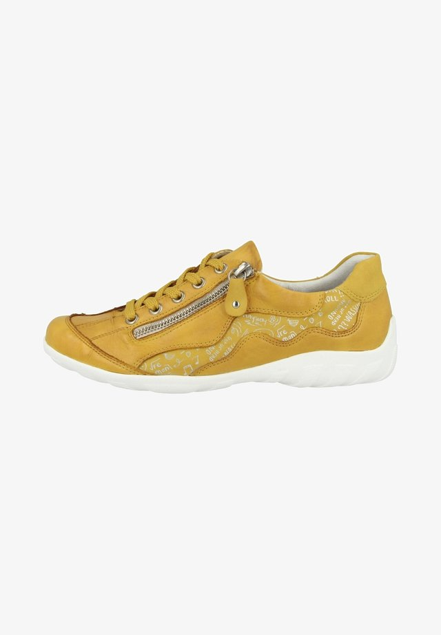 Chaussures à lacets - yellow-sun