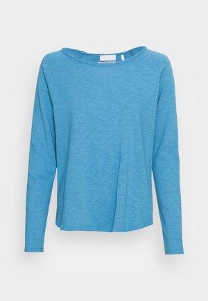 ORGANIC HEAVY LONGSLEEVE - Long sleeved top - parisian blue
