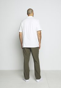 Jack & Jones - JJIMARCO JJLINEN AKM - Broek - olive night - 6