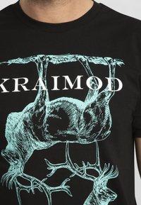 Apart - MIT DRUCK - Print T-shirt - schwarz - 4