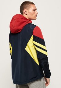 Superdry - Windbreaker - red - 1