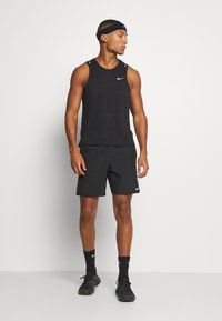 Nike Performance - MILER TANK - Funktionströja - black/silver - 1