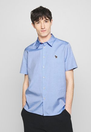 MENS CASUAL FIT BADGE - Shirt - light blue