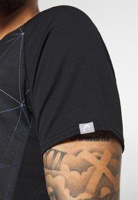 Head - T-shirt imprimé - black - 4