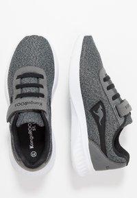 KangaROOS - CURVE - Sneakers - steel grey/jet black - 0
