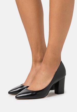 RAERKA - Escarpins à talons hauts - black