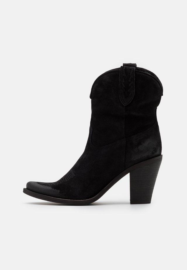 STONES - High heeled ankle boots - marvin nero