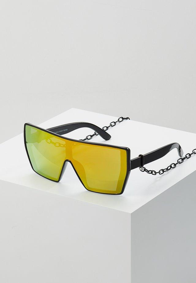 CHAIN SUNGLASSES - Sluneční brýle - black/yellow