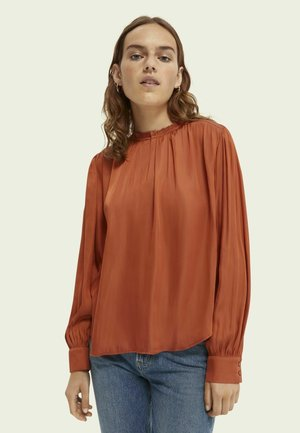 Blouse - enigma red