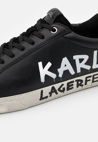 KARL LAGERFELD - SKOOL BRUSH LOGO LACE - Trainers - black - 5