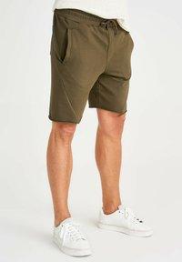 Trendyol - Shorts - green - 3