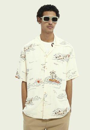 HAWAIIAN  - Shirt - white