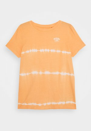 NKMVANO  - T-shirts print - canteloupe