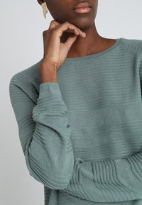 ONLY - ONLCAVIAR  - Jumper - chinois green - 4