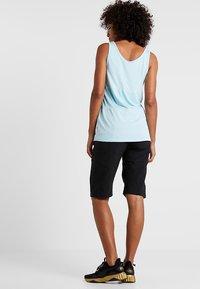 POC - ESSENTIAL SHORTS - Sports shorts - uranium black - 2