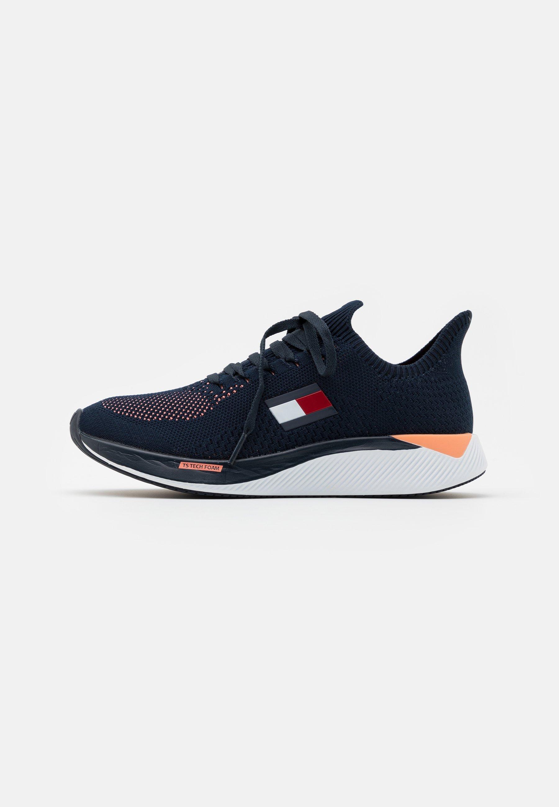 Women ELITE 2 WOMEN - Neutral running shoes