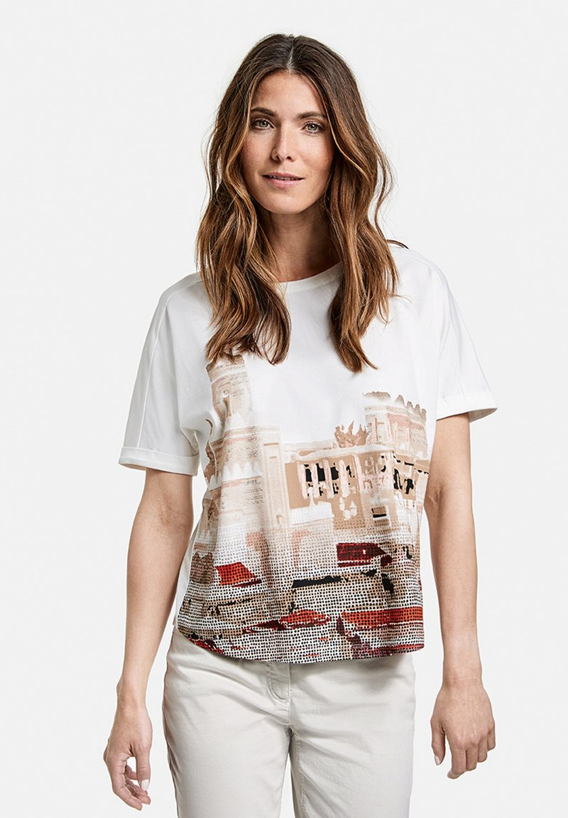 Gerry Weber - Print T-shirt - ecru/weiss/rot/orange patch