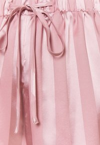 Missguided - STRIPED SHIRT AND SHORTS - Pyjamas - pink - 6