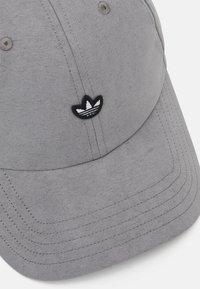 adidas Originals - UNISEX - Cap - solid grey - 3