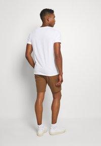 Burton Menswear London - 2 PACK - Shorts - navy/toffee - 2