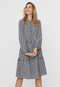 Vero Moda - VMSIRI  - Shirt dress - moonlight blue - 0