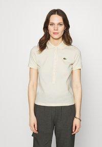 Lacoste LIVE - Poloshirt - naturel clair - 0