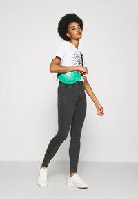 Noisy May - NMCALLIE - Jeans Skinny Fit - dark grey denim - 1